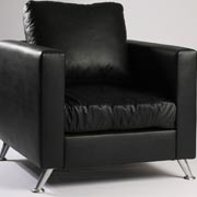 Leather Fiona Single Seater (Black)