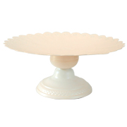 Metal Cake Stand Scallop Cream