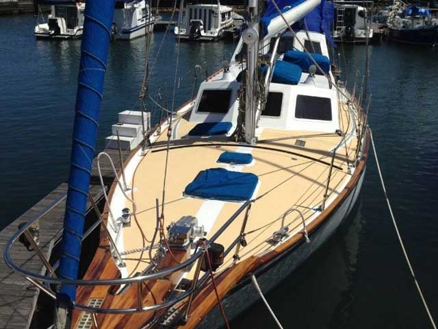 37 Endurance - (MON37-0319) SECOND HAND (30' TO 39') YACHTS