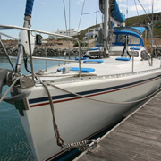 48 Islander - MON48-0366