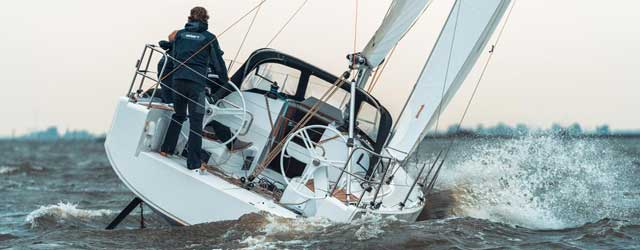 YACHT AND POWER SALES - BROKERS FOR YACHTS | CATAMARANS