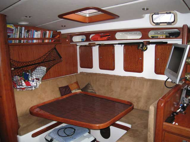 45 Roberts Offshore - (MON45-0118) SECOND HAND (40' TO 49'') YACHTS